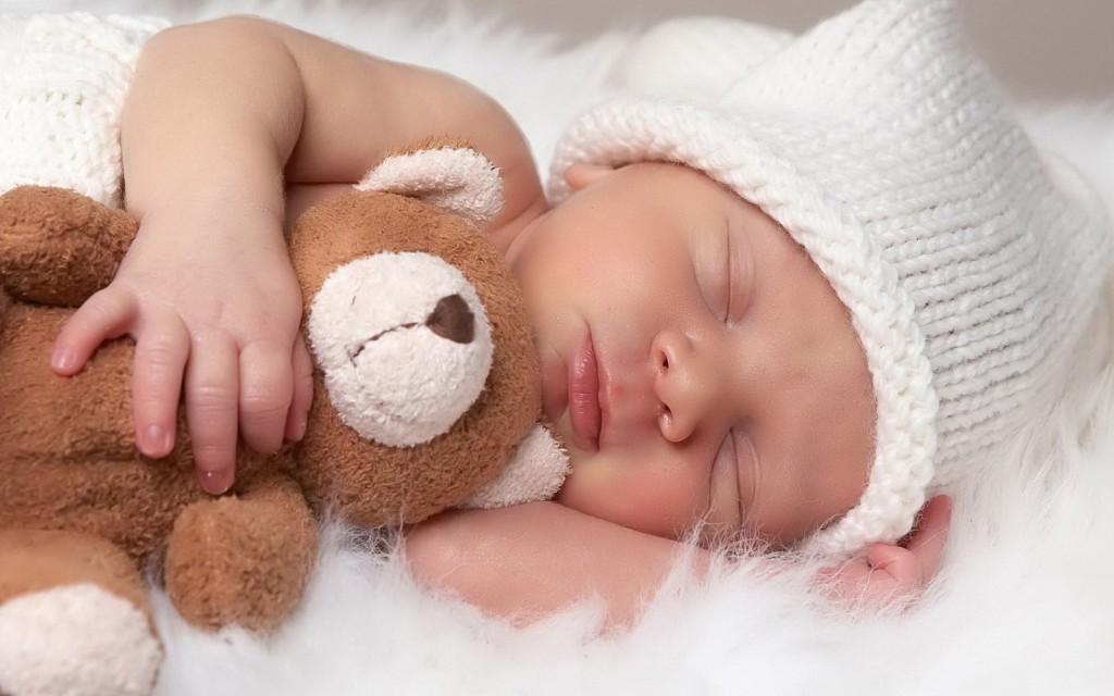 Bebeğinizi Hissettiğiniz İlk Anda Yapılması Gereken